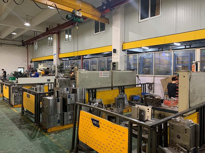 Warmda LLC mold making workshop